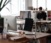 Tecnologia defasada aumenta em 600% chance de funcionário pedir demissão, diz estudo